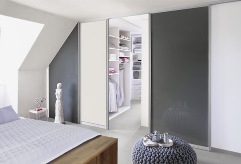 Walk-in closet, Sloped ceilings, Gliding doors, Sliding doors, Bedroom